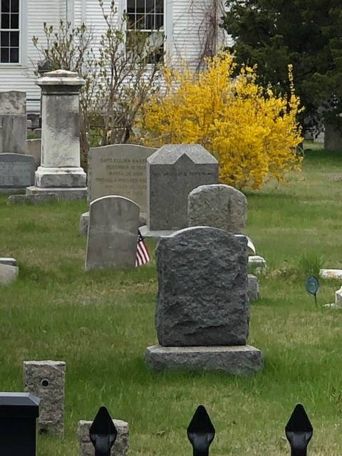 Many old headstones in the cemetary